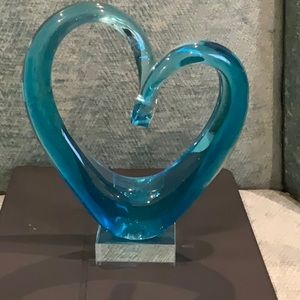 Other - BEAUTIFUL BLUE GLASS HEART 💜